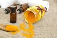 Camomille et le curcuma  Lutter contre le grisonnement prématuré des cheveux avec 5 remèdes naturels