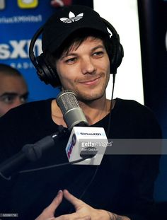 Singer-songwriter Louis Tomlinson visits with Hits 1 at SiriusXM Studios on January 25, 2017 in New York City.