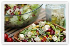 Enkel salat Cobb Salad, Potato Salad, Potatoes, Ethnic Recipes, Food, Potato, Essen, Meals, Yemek