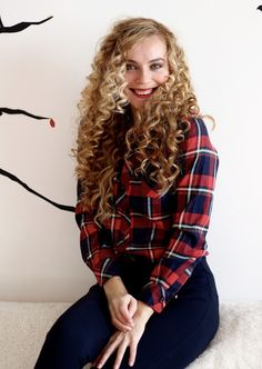 How do beautiful curl hair? #Curl #hair #irresistibleme #curlwand #sapphire8in1 #curliron #longhair