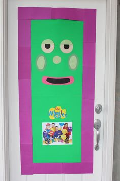 Wiggles House Door to greet guests at party Wiggles Birthday, Wiggles Party, 3rd Birthday Parties, Birthday Diy, Birthday Ideas, Emma Wiggle, First Birthdays, Party Ideas, Baby