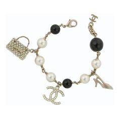 Chanel Shoe & Handbag Charm Bracelet (4 085 UAH) ❤ liked on Polyvore featuring jewelry, bracelets, accessories, chanel, gioielli, charm jewelry, charm bracelet, charm bracelet bangle, chanel bangles and metal jewelry
