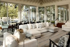 Lake House - Great Room - Suzanne Lovell, Inc.