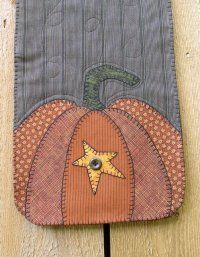 Starring Pumpkins - Love this table runner.  Great choice of fabrics.