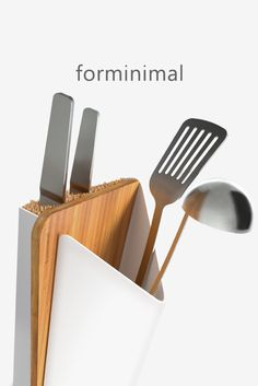 A modern design that beautifully stores your knifes and utensils in one convenient stand. It also cleverly incorporates a slide out bamboo chopping board. Box Water, Filtered Water Bottle, Chopping Boards, Knifes, Kitchenware, Utensils, Healthy Lifestyle, Modern Design, Bamboo