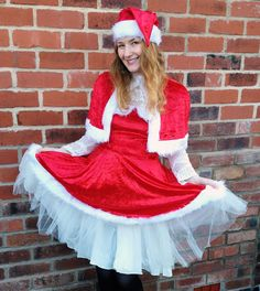 b8de325448357 Tickled Pink Fancy Dress Deluxe Miss Santa Costume Review