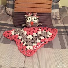 Crochet Owl Lovey Blanket Lovey Blanket, Crochet For Kids, Handmade Crafts, Baby Gifts, Owl, Crochet Hats, Crafty, Knitting, Knitting Hats