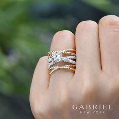 14k Yellow/white Gold Round Riata Diamond Engagement Ring