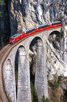 Red Train Bernina between Italy and Switzerland - this looks like so much fun! Has anyone taken a train through the Swiss alps or Italy? Would love to take a train through the Swiss Alps. Took trains all the time in Germany! Places To Travel, Places To See, Europe Places, Places Around The World, Around The Worlds, Glacier Express, Trains, Bernina Express, Excursion