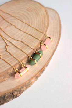 Horizontal Rose quartz and emerald green by BridesWeddingStore