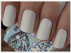 I like this on other  peeps. On me, I think it looks like I painted my nails with white-out