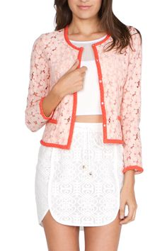 This Urban Sweetheart blazer is the perfect combination of style and elegance