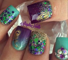 This set is beautiful.  Favorite colors.