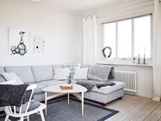 A light and airy white and grey Swedish apartment My Scandinavian Home Scandi Living, Living Room Modern, Home Living Room, Interior Design Living Room, Piece A Vivre, Scandinavian Home, Style At Home, Home Fashion, Home Furniture