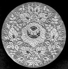 Embroidery: fonds de bonnet