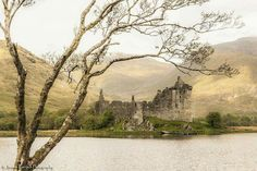 Kilchurn Castle and the lost binoculars (in the tree!) Jasmin Gerisch Photography