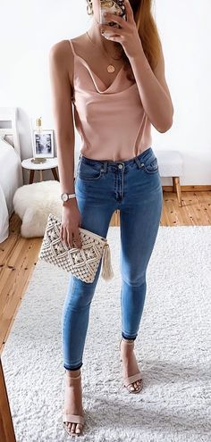Preppy Summer Outfits To Copy Now - Mode für Frauen - Women Fashion Preppy Summer Outfits, Spring Outfits, Casual Outfits, Summer Outfit With Jeans, Elegant Summer Outfits, Casual Wear, Winter Outfits, Summer Dresses, Mode Outfits