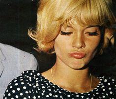 Sylvie Vartan - this picture is priceless ♥