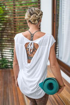 The prAna Constance Top features an organic cotton blend and cap sleeve silhouette with low cowl back detail and back neck tie for a comfy, stylish fit. Summer Work Outfits, Summer Wear, Summer Wardrobe, Yoga Fashion, Fitness Fashion, Adidas Mode, Yoga Mode, Adidas Fashion, Diy Clothes