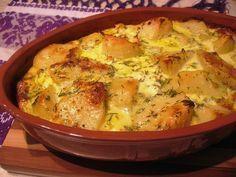 Reteta culinara Budinca de cartofi cu branza si smantana din categoria Aperitive / Garnituri. Cum sa faci Budinca de cartofi cu branza si smantana