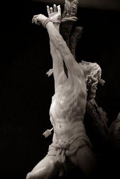 """Le martyr de Saint-Sébastien"" 1638 (42,5x21,7x1,8 ebano avorio) Jacobus Agnesius Musee du Louvre, Paris"