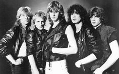 """Def Leppard was an english rock band that was part of a new wave of heavy metal music. Their style was well received by the public with their albums """"Pyromania"""" and """"Hysteria"""" topping the charts. This band sold over 100 million albums worldwide. Def Leppard, Rock Artists, Music Artists, New Wave, Promo Flyer, Grunge, Vivian Campbell, 80s Hair Bands, 80s Rock Bands"""