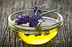 "Can you use lavender oil for hair growth? A study discovered an amazing result using lavender oil for hair loss and regrow hair. We also tracked down 3 best brands that provide the ""PURE"" lavender oils for stimulating hair growth. Anti Aging Serum, Anti Aging Skin Care, Home Remedies, Natural Remedies, Herbal Remedies, How To Clear Sinuses, Oils For Dogs, Essential Oils For Skin, Natural Beauty Tips"