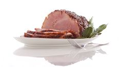 Epicure's Mulled Cider-glazed Ham The warm, fragrant spices that give mulled drinks such rich flavour are amazing with roast meat — the aro. Epicure Recipes, Pork Recipes, Recipies, Some Recipe, Recipe Using, Yummy Eats, Yummy Food, Mulling Spices, Ham Glaze