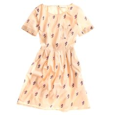 A very cute patterned dress (bonus points for the pocket detail).