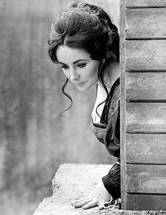 Elizabeth Taylor as Katharina in Taming of the Shrew 1967 | Flickr - Photo Sharing!
