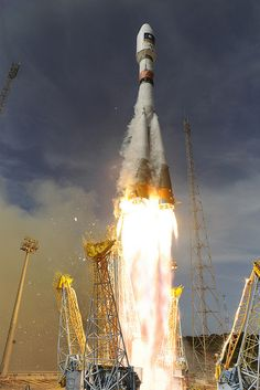 A Soyuz rocket blasts off from Europe's space base near Kourou, French Guiana, October The Russian-made Soyuz rocket placed into orbit two satellites for Europe's Galileo global position system. (Photo by Stephane Corvaja/ESA/Reuters) Cosmos, Nasa, Photo Voyage, Space Race, Air Space, Space Images, Lost In Space, Space And Astronomy, Earth From Space