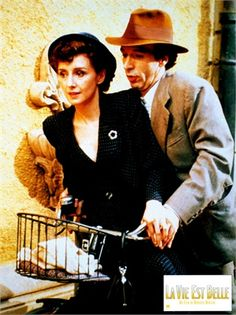 La vita è bella, 1997 Nicoletta Braschi e Roberto Benigni, 1997 © Everett Collection