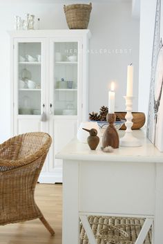 White and wood by herz-allerliebst, via Flickr