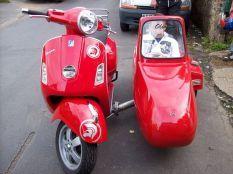 Vespa Scooters Modern 24
