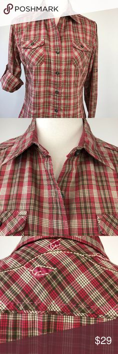 "North Face Plaid Embroidered Casual Shirt The North Face Plaid Shirt Women's Size Medium Maroon and Brown (Dark Olive?) Plaid Flower and Vine Embroidery on back yoke Button Front Roll Tab Long Sleeves 2 Front chest pockets (buttoned) Darts for shaping Minimal wear Approximate measurements laying flat: Bust: 20"" Sleeves: 25"" Length: 26.5"" The North Face Tops Button Down Shirts"