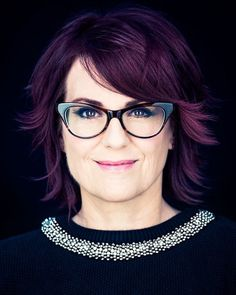 Megan Mullally Retakes the Lyric Stage - Plaza District's Lyric Theatre in Slice Magazine - like her hair color- Long To Short Hair, Short Hair Styles, Cut My Hair, Her Hair, Over 60 Fashion, She Girl, Hair Affair, Great Hair, Hair Today