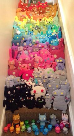 ♥How many ugly dolls? Clay Monsters, Plushies, Softies, Ugly Dolls, Stuffed Animal Patterns, Stuffed Animals, Monster Dolls, Monster Party, Sewing Toys