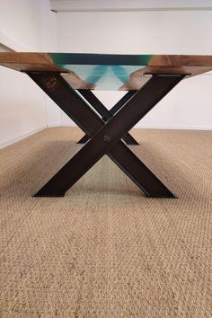 20 couleurs disponibles 240 x 100 cm 8 à 10 convives Furniture, Home Decor, Solid Wood, Color, Decoration Home, Room Decor, Home Furnishings, Home Interior Design, Home Decoration