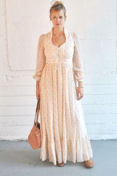 Vintage 1970s Gunne Sax Wedding Formal Dress Corset Prairie Boho Hippie Maiden. $90.00, via Etsy.