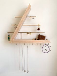 Wall Organization, Jewelry Organization, Diy Jewelry Organizer Wall, Diy Décoration, Jewellery Storage, Home Projects, Wood Crafts, Diy Furniture, Bedroom Decor