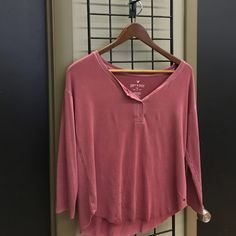 American Eagle Tee Pink half button front long sleeve tee. American Eagle Outfitters Tops Tees - Long Sleeve