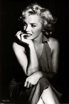 Marilyn Monroe Poster Print  24x37 Poster Print  24x37: http://www.amazon.com/Marilyn-Monroe-Poster-Print-24x37/dp/B0018TEY5O/?tag=utilis-20