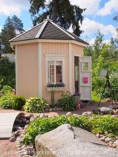 Villa Vaahtokarkin tarinoita: Villa Hattara