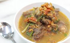 Sup ekor is the Malaysian version of oxtail soup. We added lime juice to ours to give it a nice sour kick. Wholesome and fulfilling, this is a great recipe for rainy days and cold nights.