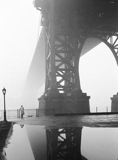 Fog in New York, 1950; photo by Walter Sanders