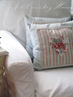 TOWN COUNTRY HOME: Sonne, Sommer ... cute pillows