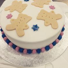 Littlemissimmyloves teddy bear cake