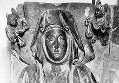 Mayor Guillén de Guzmán (1205—Alcocer, 1262). Nacida en el seno de los Guzmán, una de las familias de ricos hombres de la corte del rey Fernando III de Castilla, fue hija de Guillén Pérez de Guzmán y de María González Girón (hija de Gonzalo Rodríguez Girón y de su primera mujer Sancha Rodríguez). Tuvo por lo menos dos hermanos: Pedro Núñez de Guzmán, primer adelantado mayor de Castilla y padre de Alfonso Pérez de Guzmán el Bueno; y Nuño Guillén de Guzmán.