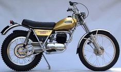 Ossa 250 Cafe Racer Motorcycle, Moto Bike, Vintage Motorcycles, Cars And Motorcycles, Trial Bike, Bike Poster, Classic Motors, Trail Riding, Dirt Bikes