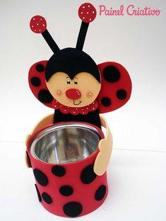 Lembrancinha aniversario joaninha na latinha EVA porta guloseimas 3 #pubset Kids Crafts, Tin Can Crafts, Foam Crafts, Summer Crafts, Easter Crafts, Diy And Crafts, Plastic Bottle Crafts, Art N Craft, Mothers Day Crafts